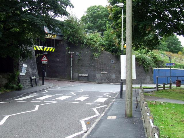 Windmill Hill railway bridge