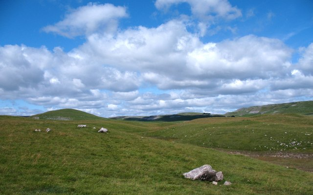 Limestone country near Street Gate