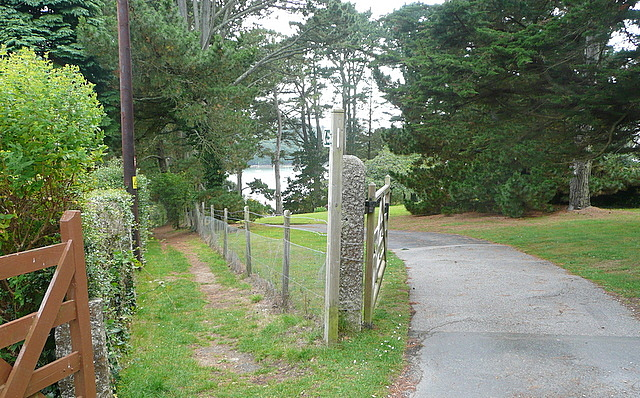 Footpath to The Bar