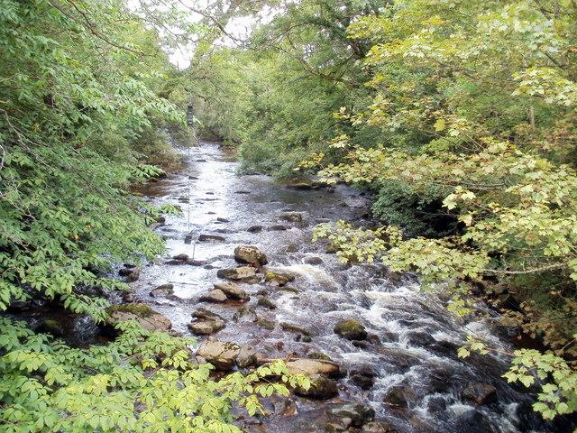 River Tawe flows towards Pont rhyd-arw, Penycae