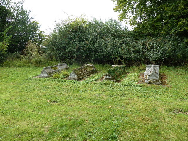 St Peter & Paul, Shalden: churchyard (b)