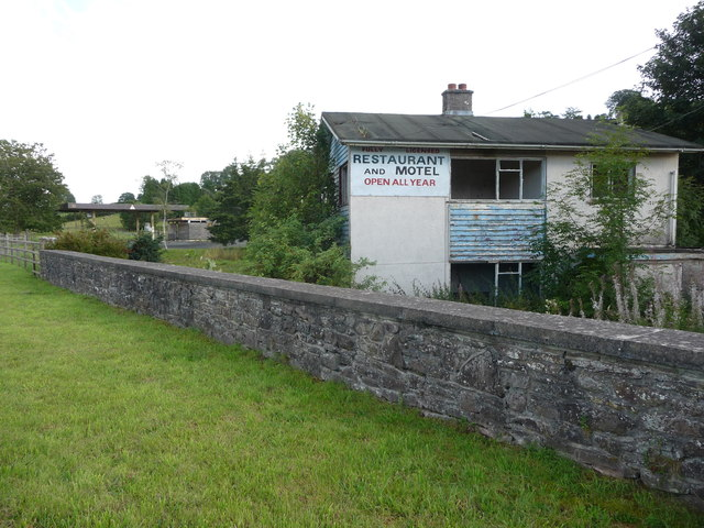 The old Greystones Motel on the A40