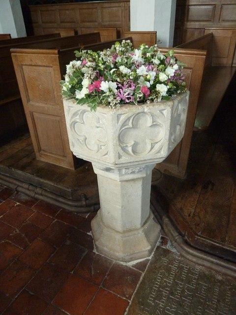 Saint Mary's, Upton Grey: font