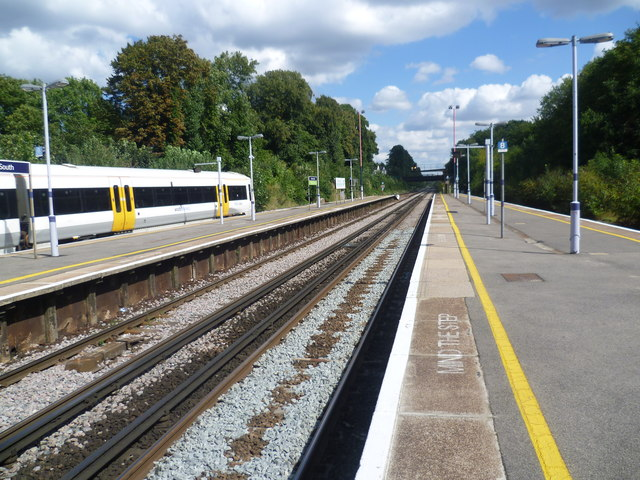 Platforms at Bromley South station
