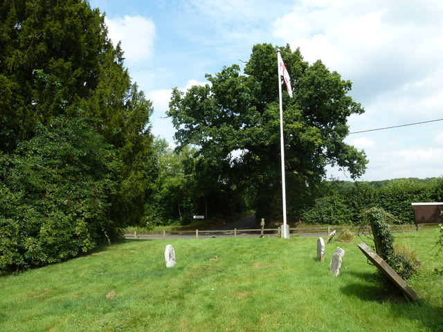 Up Nately Churchyard (5)
