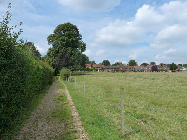 On the path from Nately Road to Greywell Church (5)