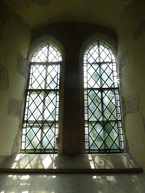 Greywell: Church of St. Mary the Virgin- window