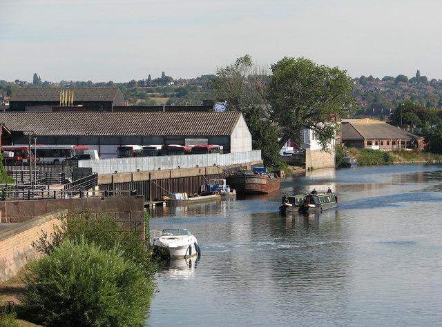 Approaching Meadow Lane Lock