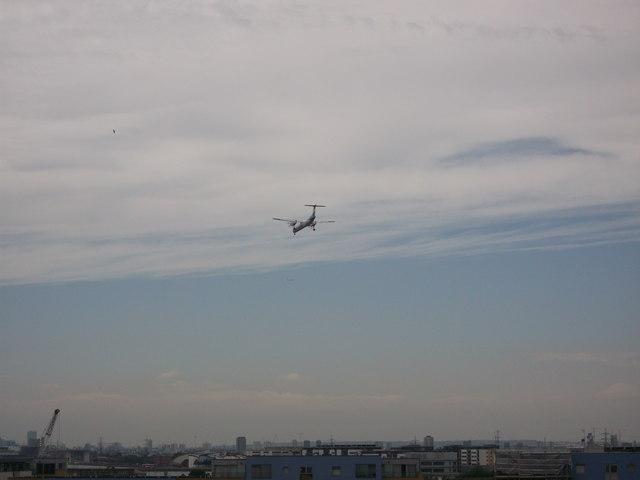 London City Airport flight path