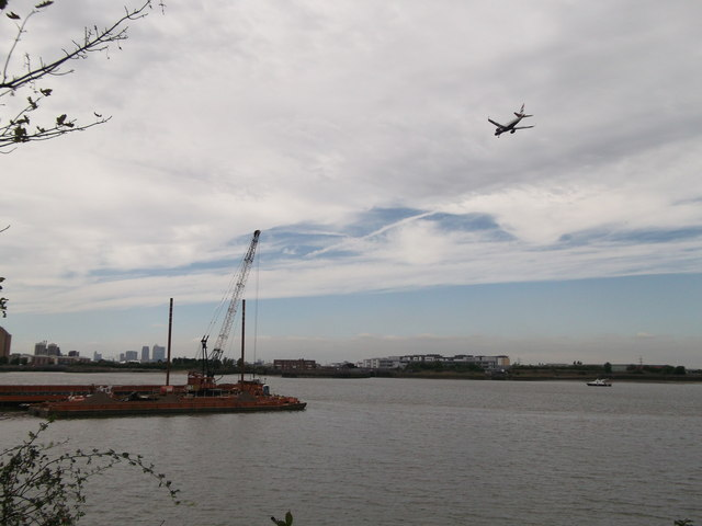 Flight path over the River Thames