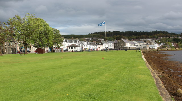 Putting green on the seafront, Lochgilphead