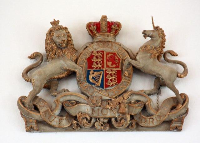 St Mark, Lakenham - Royal Arms