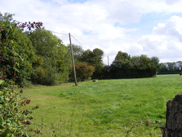 Footpath to Bullswood Lane Byway