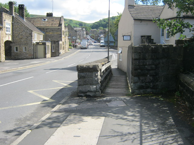 Footbridge alongside road bridge in Hathersage