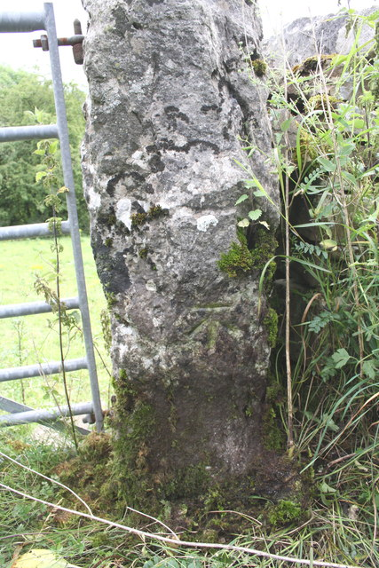 Benchmark on gatepost on Deepdale Lane near Butter Pots