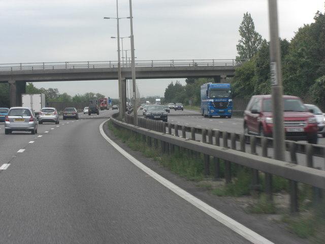 M4 bridge carries Marsh Lane