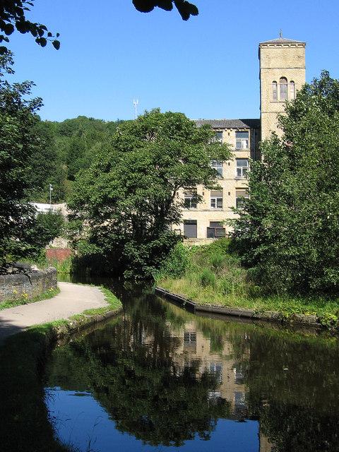 Milnsbridge - aqueduct and mill below Scar Wood