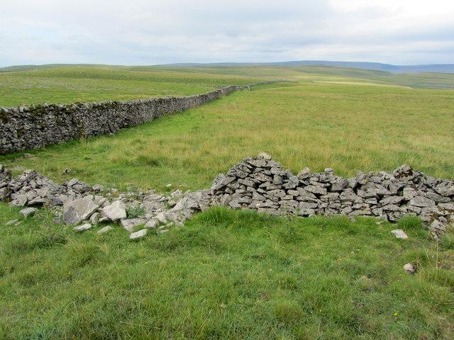Walls on High Mark