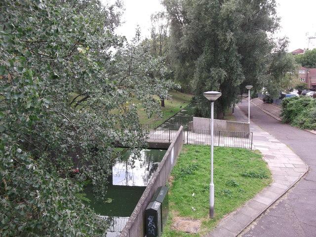 Footbridge beside Abbots Close