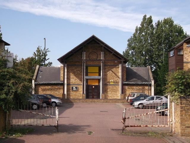 Manor Close Community Hall, Crossway