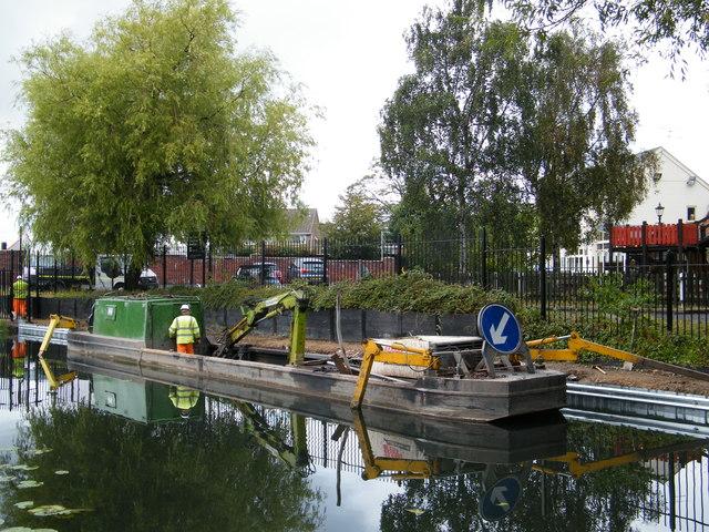 Piling boat Wyrley & Essington canal