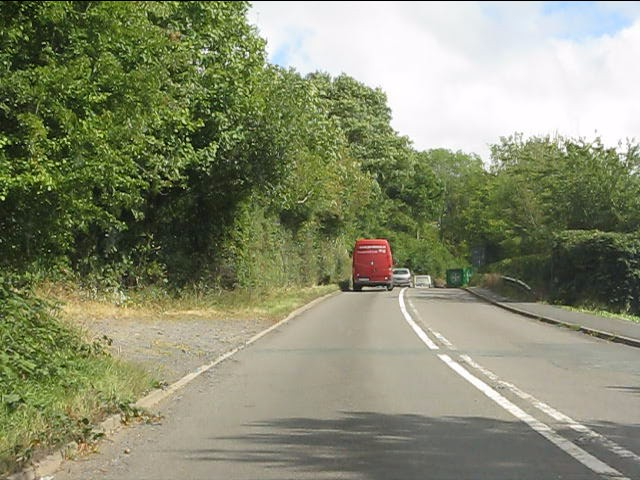A4117 east of the Rea bridge