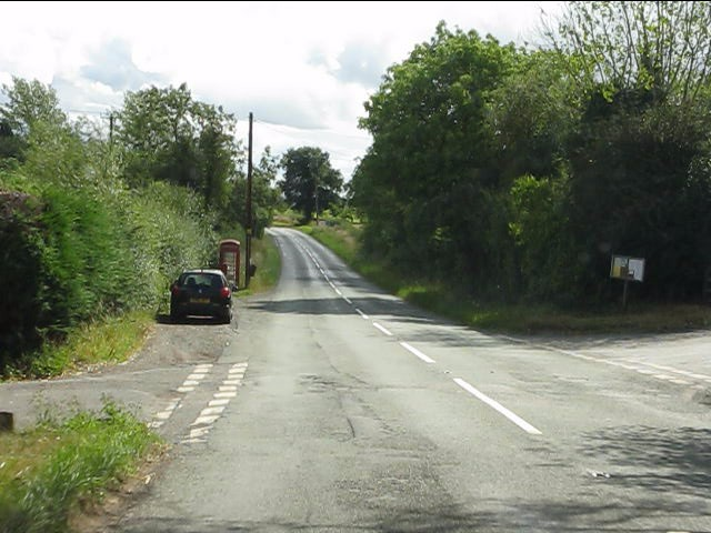 B4202 - Bayton Common crossroads