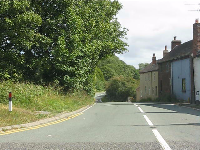 Clows Top crossroads - the view south