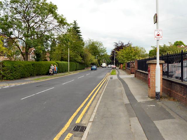 Manor Road, Bramhall Park