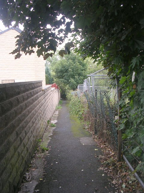 Footpath - Common Road