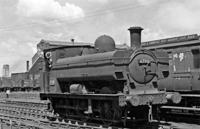 GW '6700' 0-6-0PT at Cardiff East Dock Shed