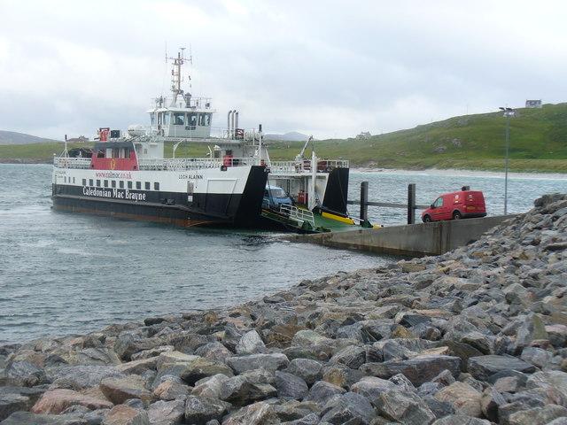 Loch Alainn Unloading at Eriskay