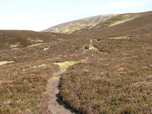 Pass between Glen Girnaig and Glen Loch