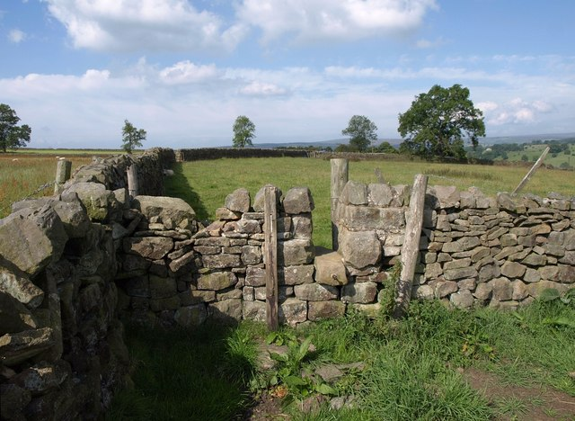 Stile over wall near Brown Bank