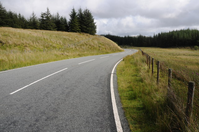 The B4391 entering forestry