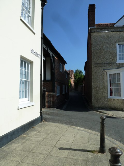Passage leading off the High Street