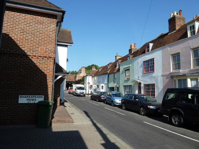 Looking from Shakespeare Mews into East Street