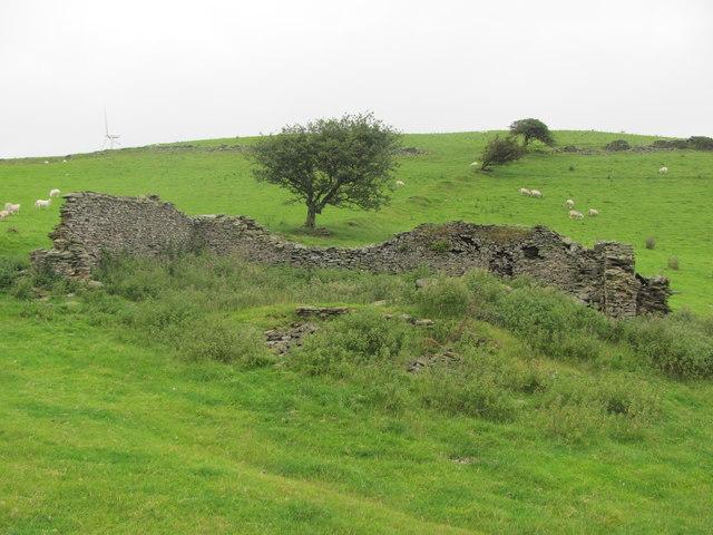 Ruined building on Mynydd Hugh