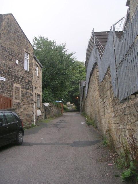 Holly Hall Lane - Carr Lane