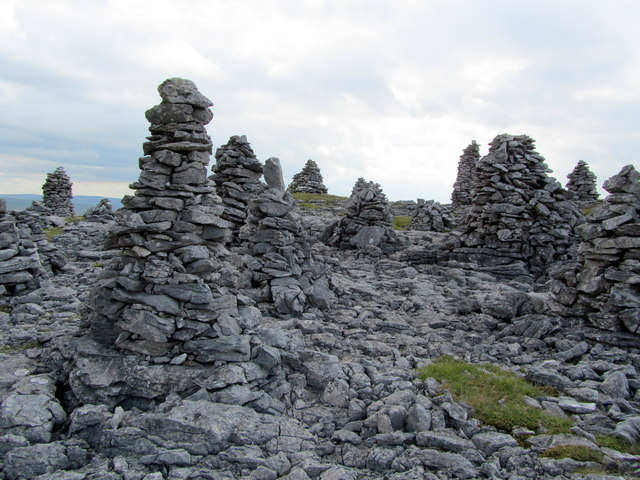 An Assembley of Cairns