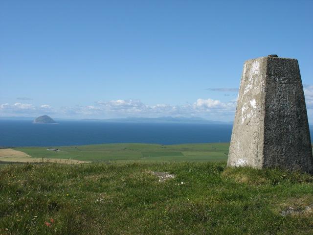 The summit of Knockdolian