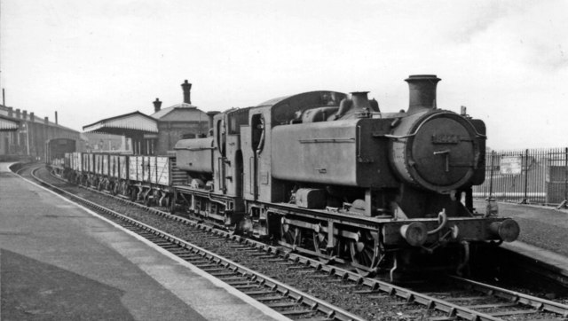 Dunstall Park station, with Up goods including a dead engine