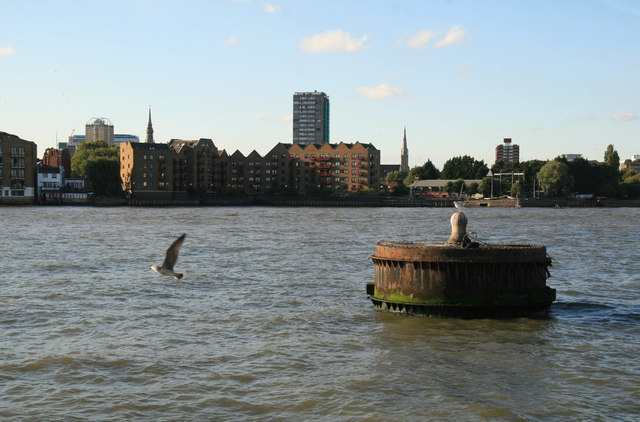 'Dolphin' in the Thames