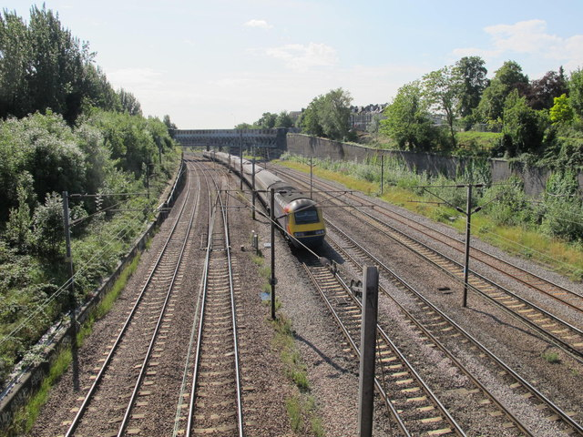 Railway lines south of Minster Road, NW2