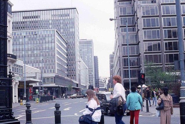 Victoria Street in 1988
