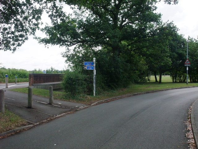 Cycle Route 6 on the outskirts of Blaby