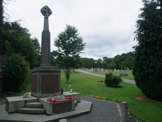 Memorial to The Glorious Dead, Narborough Cemetery