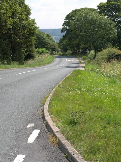 Newall Carr Road