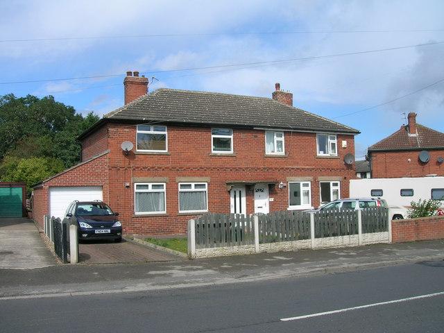 Houses on Lodge Lane
