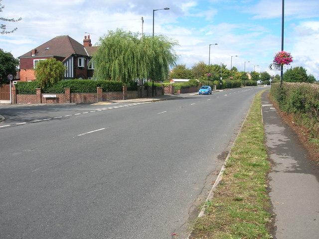 Aston Lane towards Aughton